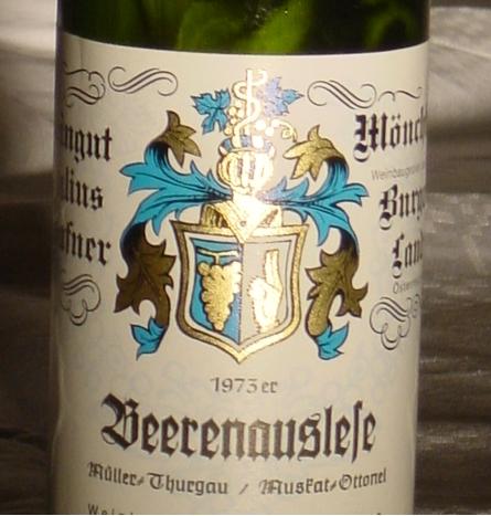 Hafner, Old Vienna ,Kosher,Koscher,Wein,Wine, Vine, Beerenauslese,BA, B.A.,Eiswein, Icewine,, Vin Glace, Trockenbeerenauslese,TBA,Botrytis Cinerea ,noble rot, edelsüss, edelsüß, doux, liquoreux, fine wine, dessert wine, Dessertwein, fois gras, after-dinner-wine, Liebestrunk, Neusiedlersee, Spezialität, Burgenland, specialty, rarity, Rarität, Österreichischer Wein, Wein aus Österreich, Prädikatswein Wein mit Prädikat, Qualitätswein, staatliche Prüfnummer, Mönchhof, 800 Jahrfeier, 800 Years, tradition, innovation, organic, Biowein, vegan, vegan-friendly, free of histamine, no histamine, low sulfites, 375 ml, half bottle, present, gift, Geschenk, Geschenksartikel, 1973, Jahrgang 1973, Geburtstagswein, Jahrgangswein, Hafner, Old Vienna, Kosher, Koscher, Wein, Wine, Vine, Beerenauslese, BA, B.A.,Eiswein, Icewine, Vin Glace, Trockenbeerenauslese, TBA, Botrytis Cinerea, noble rot, edelsüss, edelsüß, doux, liquoreux, fine wine, dessert wine, Dessertwein, fois gras, after-dinner-wine, Liebestrunk, Neusiedlersee, Spezialität, Burgenland, specialty, rarity, Rarität, Österreichischer Wein, Wein aus Österreich, Qualiätswein, Wein mit Prädikat, Prädikatswein, staatliche Prüfnummer, Mönchhof, 800 Jahre, Jubiläumsfeier, 800 Years, tradition, innovation, organic, Biowein, vegan, vegan-friendly, free of histamine, no histamine, low sulfites, 375 ml, half bottle, present, gift, Geschenk, Geschenksartikel, cadeaux, exklusiv, fine wine, exclusive, Worldchampion, Weltmeister, Best Wine, World Best, Spirituosen, spirits, Marille, Pfirsich, Slivovits, Grappa, Brandy, Cognac, Birne, Kirsche, Weichsel, Grüner Veltliner, Scheurebe, Muskat Ottonel, Otto, musthavamuscat, Ottocat, the sweet blue, blue bottle, blaue Flasche, Gelber Muskateller, Yellow Muscat, Yellow Cat, Zweigelt, Blaufränkisch, St. Laurent, Pinot Noir, Shiraz, Syrah, Reserve, Grand Reserve, Barrique, Welschriesling, Welsch Riesling, Pinot Gris, Grauer Burgunder, Weisser Burgunder, Weissburgunder, Chardonnay, Riesling, Gewürztram