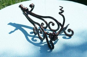 hafner-metalart_wine-holder