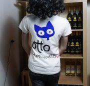 OTTO_090517_T-Shirt-weiss-Rueckseite-Frauen